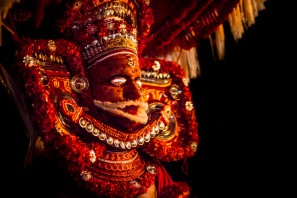 The costume as well as the facial make-up of each Theyyam varies according to the role and myth of the deity.